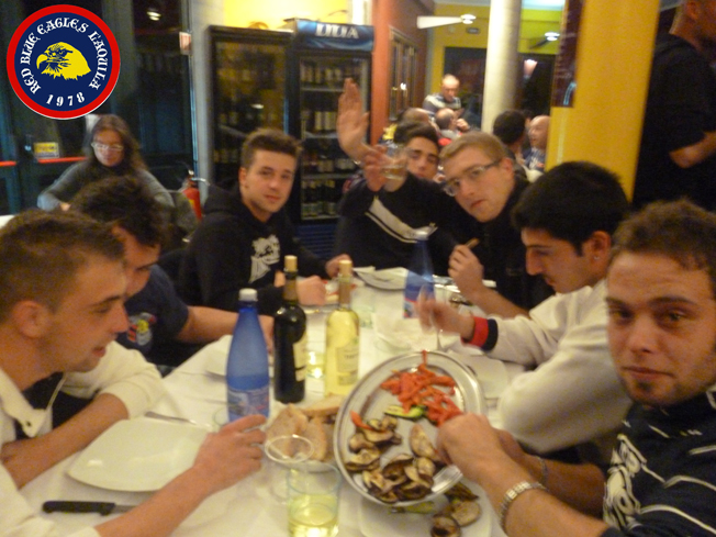 Cena celebrativa dei 33 anni del gruppo Red Blue Eagles L'Aquila 1978...Venerdi 21/10/2011