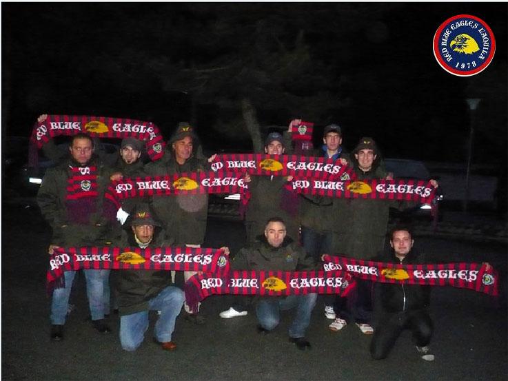 R.B.E. a Castel di sangro con le sciarpe del trentennale Eccellenza 2008/2009