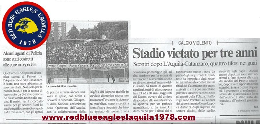 Scontri fuori lo stadio con la polizia L'aquila-Catanzaro(campionato serie C2) 30-10-2011