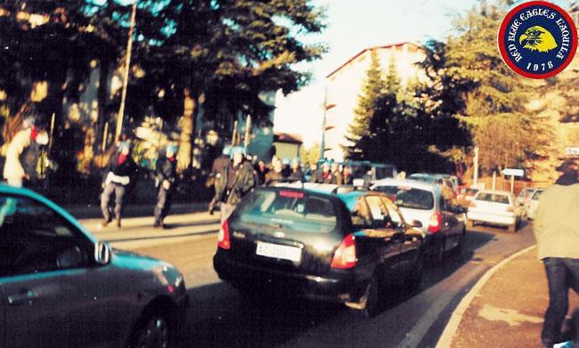 L'Aquila-Avellino 24-2-2002 scontri con la celere serie c1