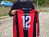 """Venerdi 21 Settembre 2018: inaugurazione progetto """"Ultras d'Italia per Amatrice"""". Donate maglie Amatrice calcio all'ex Sindaco Sergio Pirozzi"""