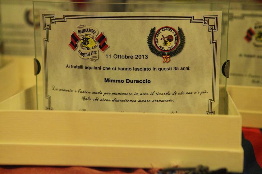Targa in memoria di Mimmo Duraccio Venerdi 11 Ottobre 2013