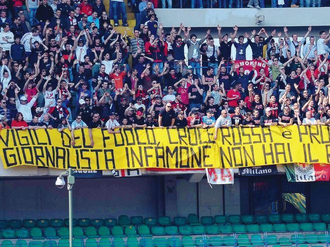 Curva Sud Milano vigili del fuoco croce rossa e protezione civile orgoglio della nazione giornalista infamone non hai rispetto del cuore delle persone
